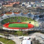 Estadio Olímpico en Munich. Una estructura a base de membranas sometidas a tracción. Podría considerarse también una estructura atirantada